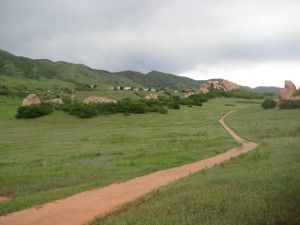 Dog friendly hiking trail in the Colorado foothills